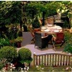 Basteln mit LED Licht: 3 sommerliche Dekoideen für Balkon & Garten