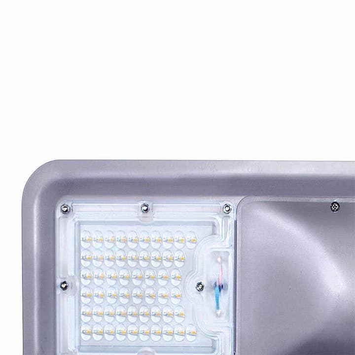 LED Straßenlampe mit 2000 Lumen