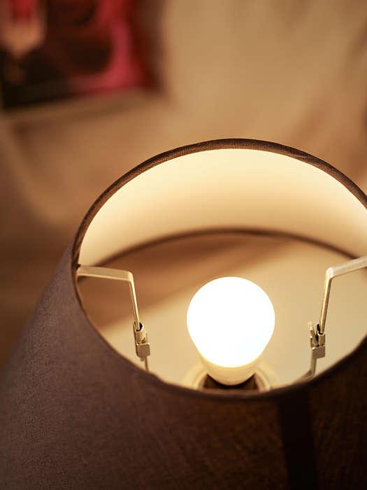 5 Watt Classic E27 LED Birne warmweiß